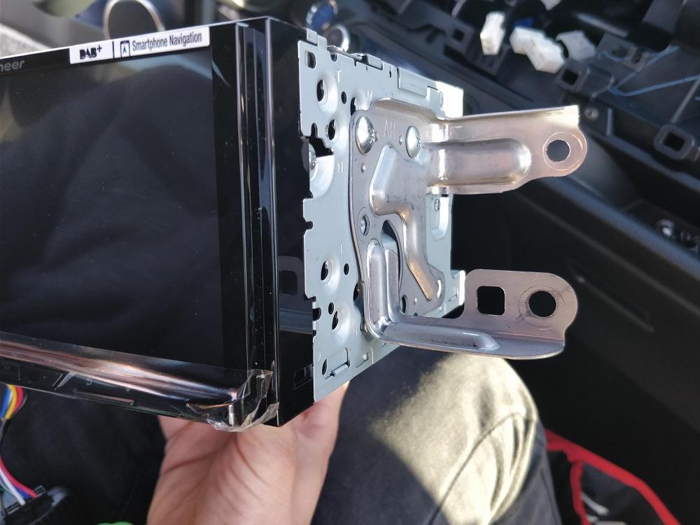 Comment Installer un Autoradio - 15