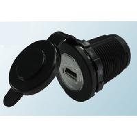Accessoire interieur Alimentation Allume-cigareUSB - 5V2.1A - Clapet - Noir ADNAuto