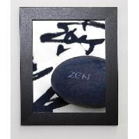 Affiche BEYLER CATHERINE Image encadree Galet Zen sur Calligraphie 31x37 cm Noir - Generique