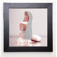Affiche BLONDE ATTITUDE Image encadree Ballet shoes 37x37 cm Rose - Generique