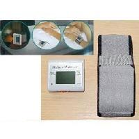 Aide A La Mobilite Alarme vibrante réveil VITAEASY avec bracelet - Pince clip au dos - Fonctionne avec une pile AAA (non fournie) Aucune