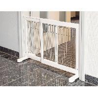Barriere De Securite Escalier - Porte Barriere de securite - 65-108x61x31 cm - Blanc - Pour chien Trixie