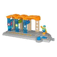 Circuit Miniature BRIO World 33874 - Smart Tech - Station de Lavage pour Locomotive Intelligente