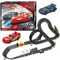 Circuit Miniature Circuit Carrera Go!!! DisneyPixar Cars 3 - Fast Not Last