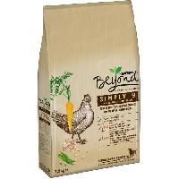 Croquette - Nourriture Seche BEYOND Croquettes riche en poulet avec de l'Orge complete - Pour chien - 7.5 kg