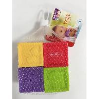 Cube Eveil INFANTINO Set de 4 cubes souples sensoriels - Bkids
