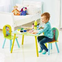 Ensemble Table Et Chaise Bebe WINNIE L'OURSON Table et Deux Chaises