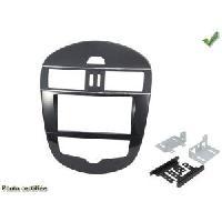 Facade autoradio Nissan KIT 2 DIN compatible Nissan PULSAR 2014+ AVEC CLIM MANUELLE Generique