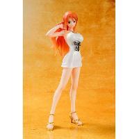 Figurine - Personnage Miniature Figurine One Piece - Nami Film Gold Figuarts Zero 14cm