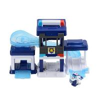 Figurine - Personnage Miniature SUPER WINGS Playset Paul's Police Station + 1 figurine Pop-Transform