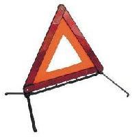 Gilets et Securite Triangle de Signalisation - Securite routiere - Obligatoire a partir du 1er juillet 2008 ADNAuto