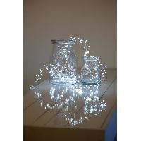 Guirlande Electrique Lumineuse D Exterieur LOTTI Guirlande lumineuse grappe - 300 micro-LED MiniCluster O5 cm - Blanc froid - 2.5 m Akasa