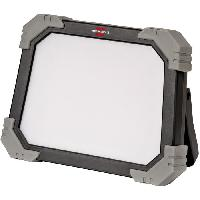 Materiel Chantier Brennenstuhl Projecteur LED DINORA portable - 2500 lumen - 3m de câble (IP65)