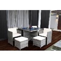 Meubles D'exterieur - De Jardin BARBADE Ensemble table en verre trempe + 4 fauteuils et 4 poufs en resine tressee - 110x 110 x 74 cm Aucune
