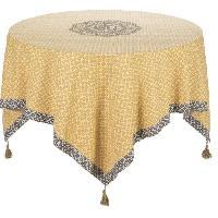 Nappe De Table DEKOANDCO Nappe carree Dentelle - 150x150 cm - 4 pompons amovibles- Imprime safran Deko & Co