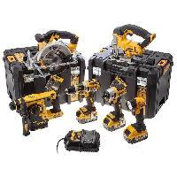 Pack De Machines Outil Pack de 6 machines DCK699M3T - Livre avec 3 batteries 18 V chargeur multi-voltage et 2 coffrets Tstak