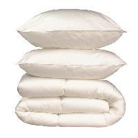 Pack Linge De Lit Pack linge de lit Microfibre - 1 Couette chaude 220x240 cm + 2 Oreillers 60x60 cm blanc Generique