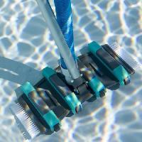 Piscine - Entretien Et Mesure SPOOL Tete de balai professionnelle sur roues avec brosses latérales