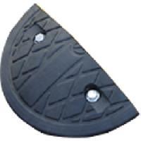 Protection De Garage Element exterieur noir 17cm pour ralentisseur MOTTEZ - ADNAuto