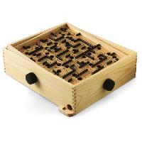 Puzzle BRIO 34000 - Jeu De Labyrinthe bille en bois- L'Original -