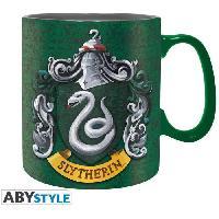 Service Petit Dejeuner Pack Mug + Porte-cles + Badges Harry Potter - Serpentard - ABYstyle