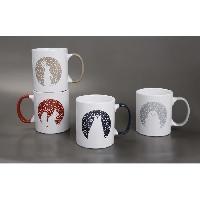 Service Petit Dejeuner Set de 4 mugs faience panaches animaux 31 cl beige gris rouge et bleu - Abc