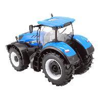 Vehicule - Engin Terrestre  A Construire BBURAGO Vehicule agriculture Tracteur T7.315 New Holland 1-32eme - Bleu
