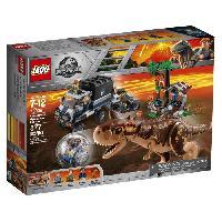 Vehicule - Engin Terrestre  A Construire LEGO Jurassic World? 75929 La Fuite De Carnotaurus De La Gyrosphere