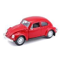 Vehicule - Engin Terrestre  A Construire MAISTO Voiture Volkswagen Coccinelle 1-24eme - Rouge