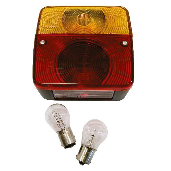 Feu arriere 4 fonctions avec ampoules 12V 11x10x5cm