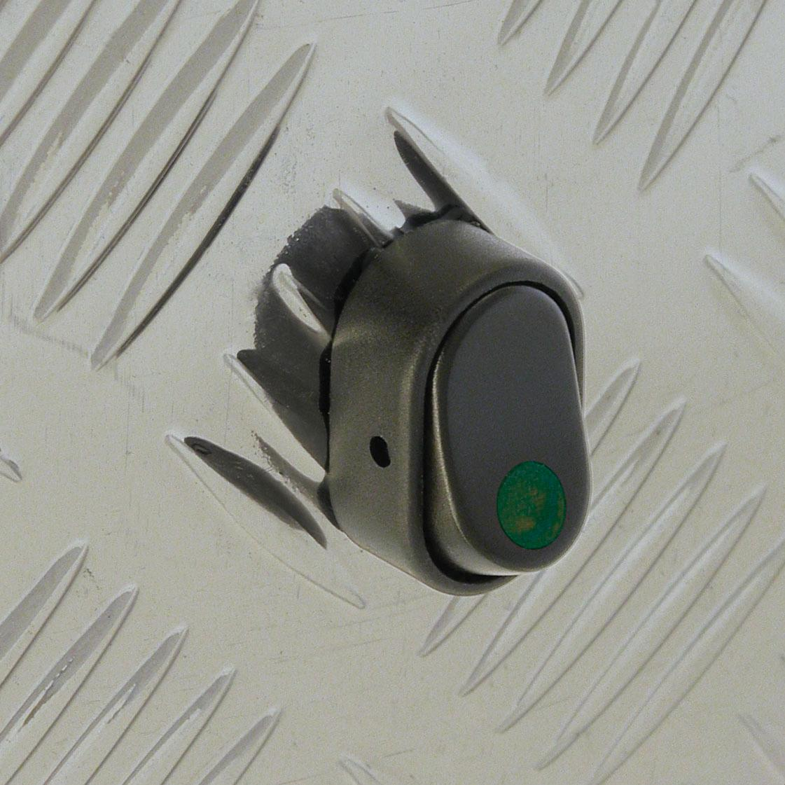 interrupteurs adnautomid 12v 30a led vert. Black Bedroom Furniture Sets. Home Design Ideas