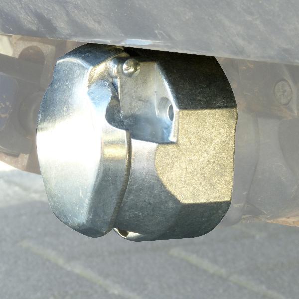 Prise pour remorque 7pol. metal 12V